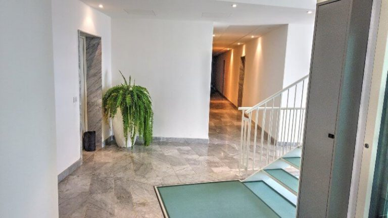 hall ascensore appartamenti
